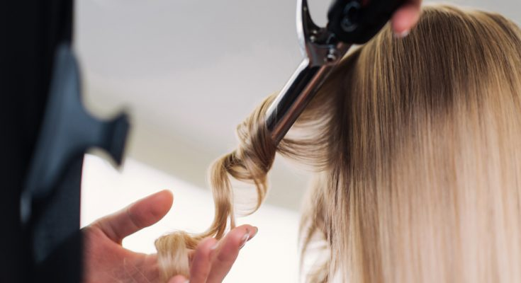 Can Healthy Diet Help Women Who Suffer From Thinning Hair?